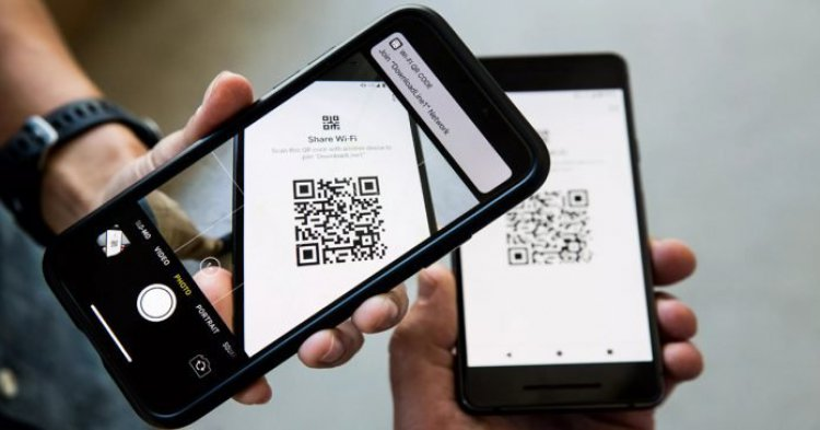 how Samsung smartphone users can easily share Wi-Fi passwords