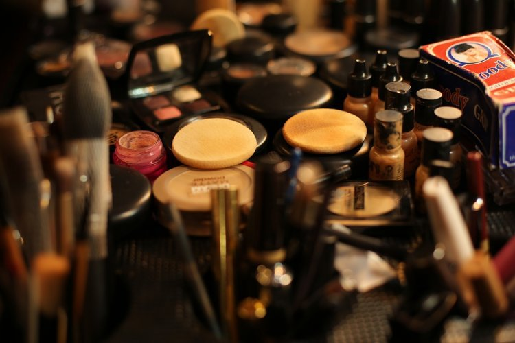 Top 5 Celebrity Makeup Brands in the World